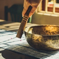 Single single bowl and mallet