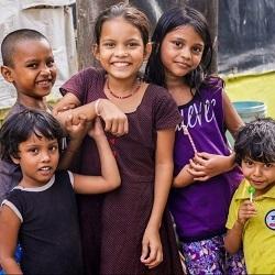 5 children smiling happily